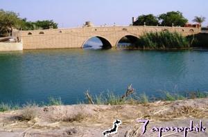 Iraqi Palace Lake